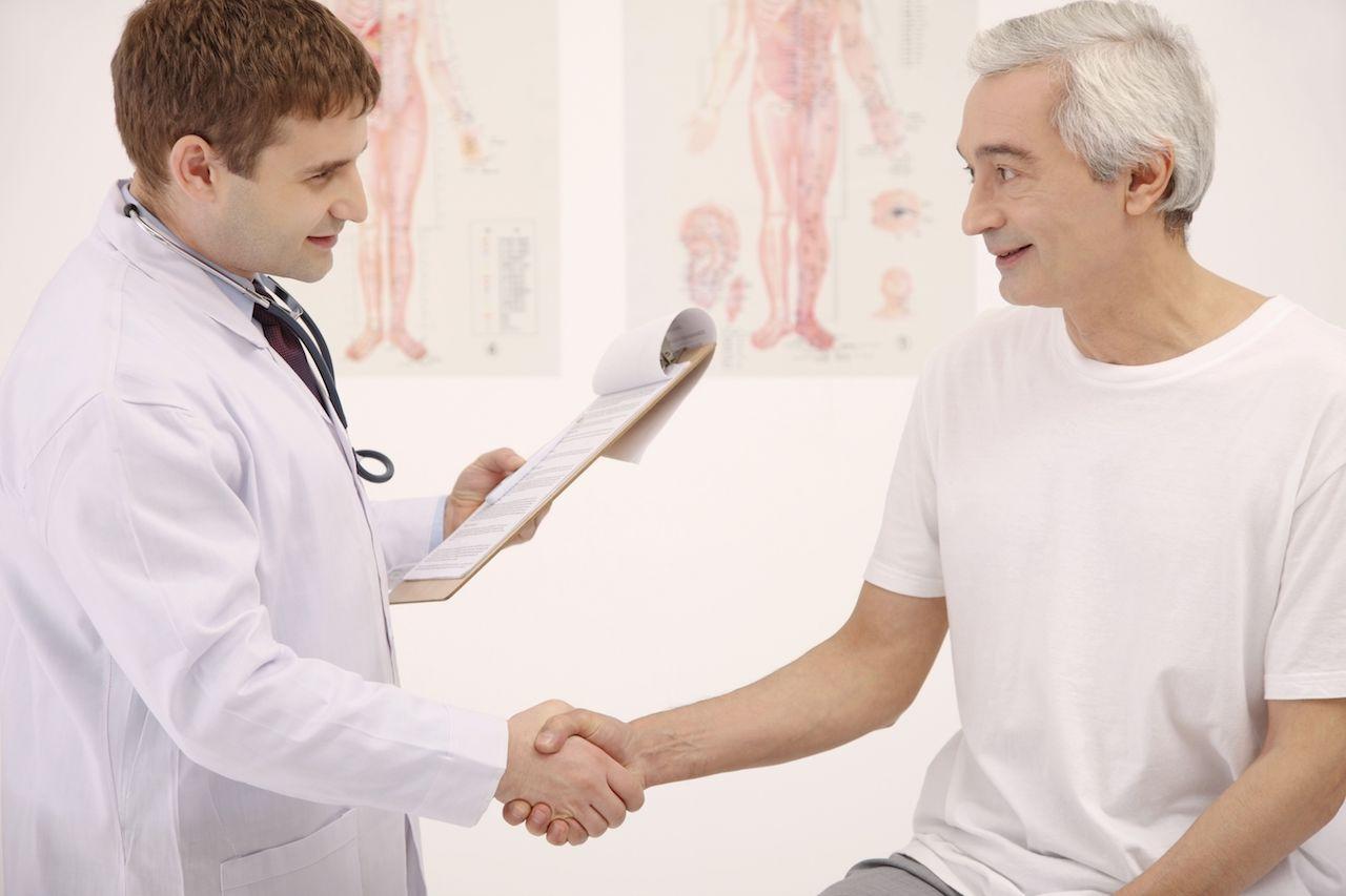 Crema hemorroidal con o sin receta médica: tomar la decisión correcta