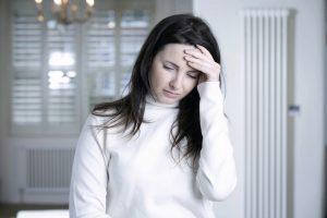 Les maux de têtes font partie des éventuels effets secondaires
