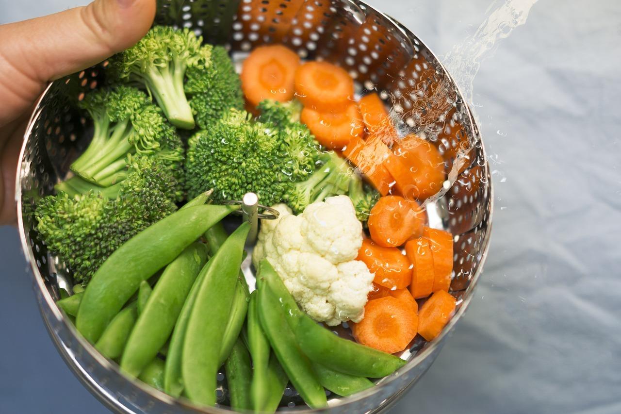 Essayer les légumes cuits à la vapeur