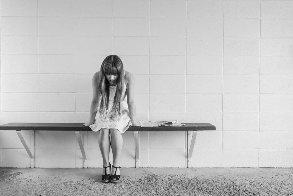 femme victime d'abus